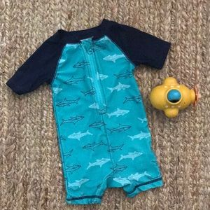 Old navy swim 6-12m